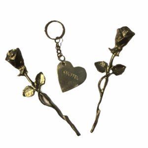tinnen-roosje-sleutelhanger-knuffel